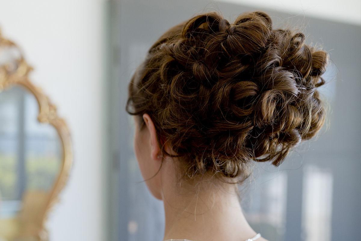 Spanish Bride Hairdressing 2